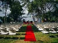 Destination Wedding in Croatia - Flammeum - Kisses of the Sea - Altar