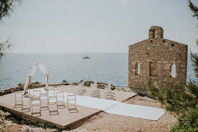 Clifftop venue overlooking the Adriatic sea near Pula is ready for the wedding in Istria.